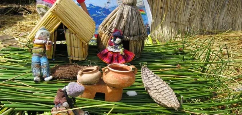 ARTESANIAS DEL LAGO TITICACA | TOUR ISLAS UROS TRADICIONAL