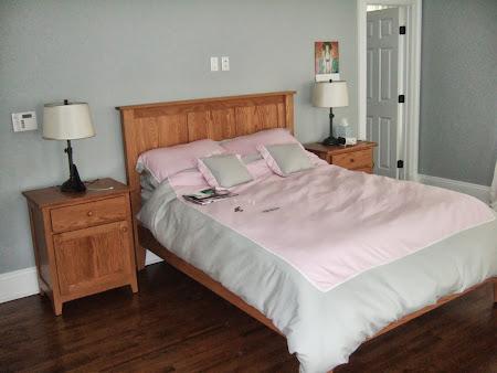 Shaker Platform Bed and Nightstands with Doors, in Honey Oak