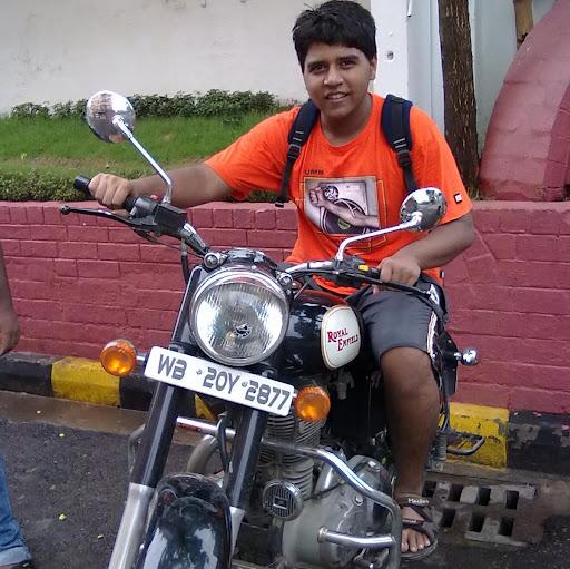 Abhishek Goswami Photo 5