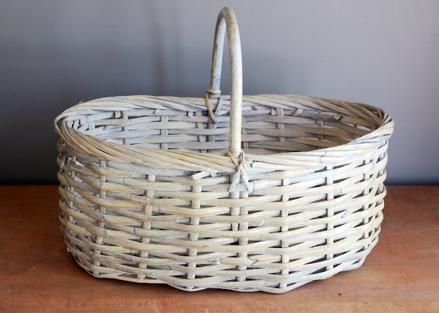 Whitewashed basket available for rent from www.momentarilyyours.com, $3.00.