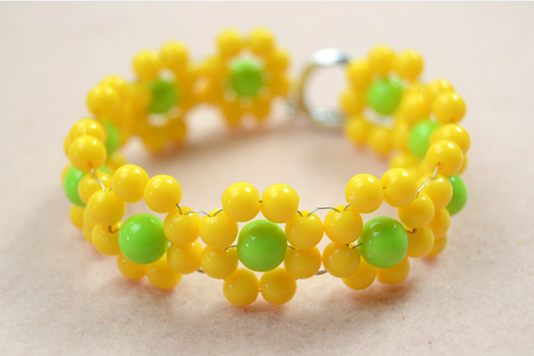 Yellow Flower Acrylic Beaded Bracelet