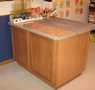 Sew we quilt: You think it is just a change table, a cupboard