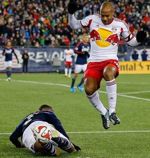 Lee Nguyễn vượt qua Henry để vô địch miền đông MLS