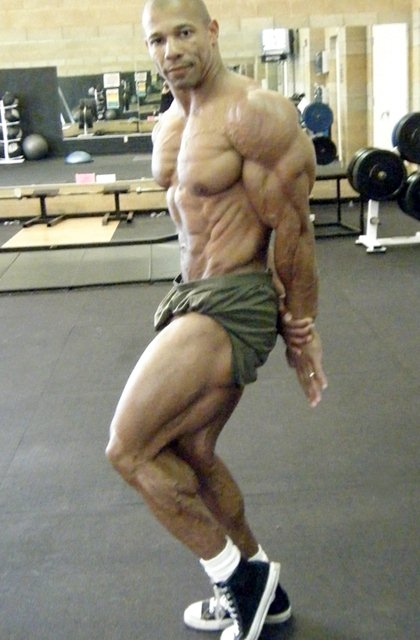 Philip Ricardo Jr. - Top Competitive Bodybuilder