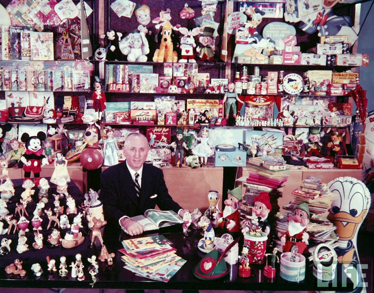 Vintage Disney Alice In Wonderland Life Magazine Photo