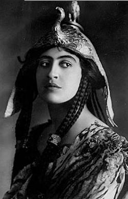 vintage cleopatre actrice