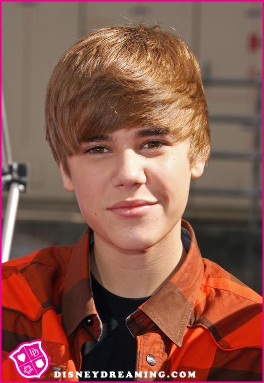 Justin-Bieber-Power-Of-Youth.jpg