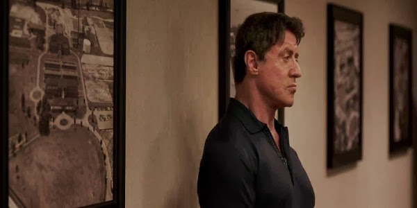 Screen Shot Of Hollywood Movie Escape Plan (2013) Download And Watch Online Free at Alldownloads4u.Com