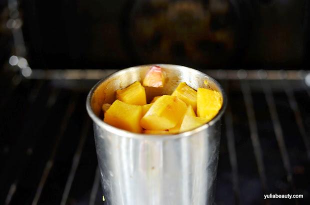 тыква с фруктами в духовке