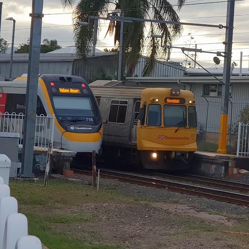 Bus & Train Of Australia