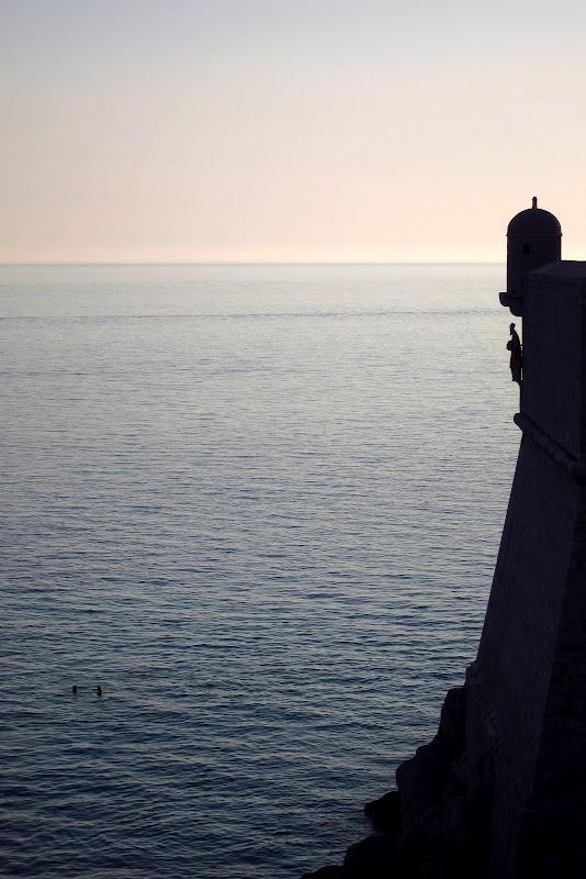 Guard tower - vertical