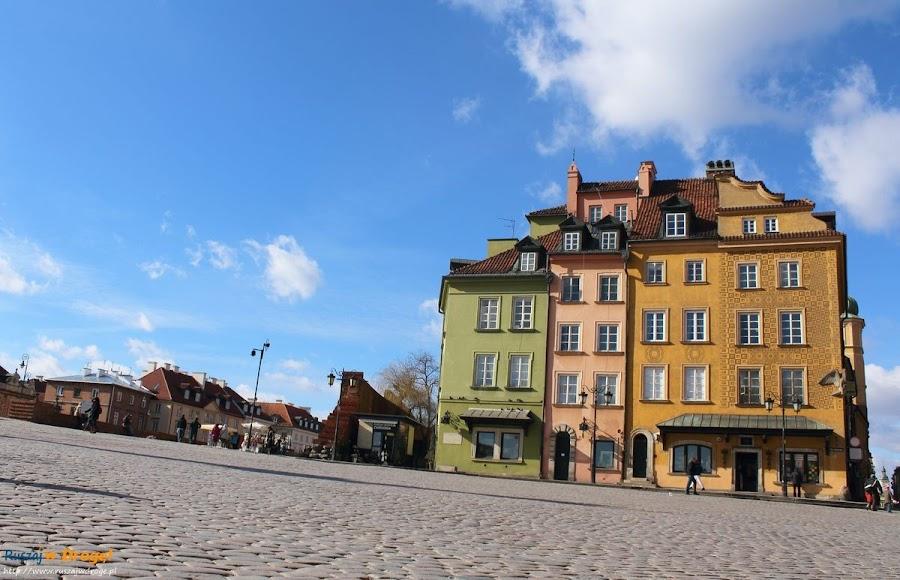Warszawa - kamienica przy placu zamkowym