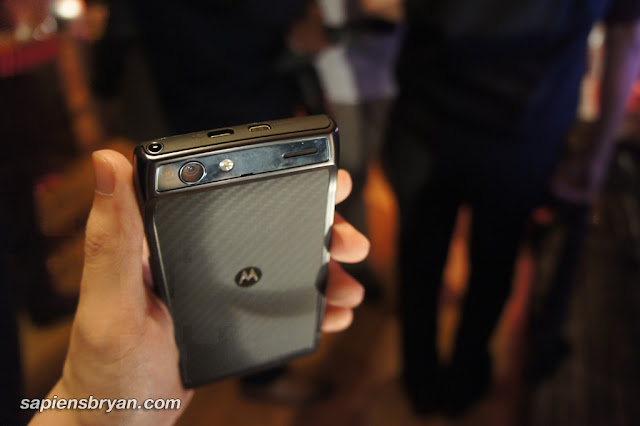 Motorola RAZR - Top View