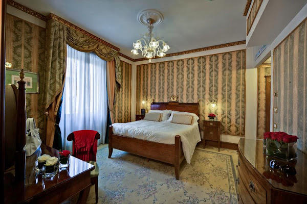Hotel Due Torri, Piazza Sant'Anastasia, 4, 37121 Verona Verona, Italy