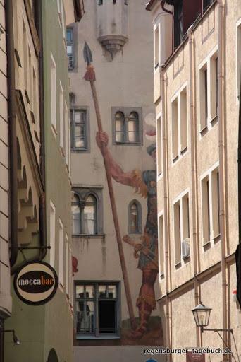 https://lh5.googleusercontent.com/-NGfnkUcGFmA/Tmybd5uRDUI/AAAAAAAALL0/ul6Klc-l05k/s512/Stadtspaziergang-und-Roemermauer-30.8.2009-IMG_2123.JPG