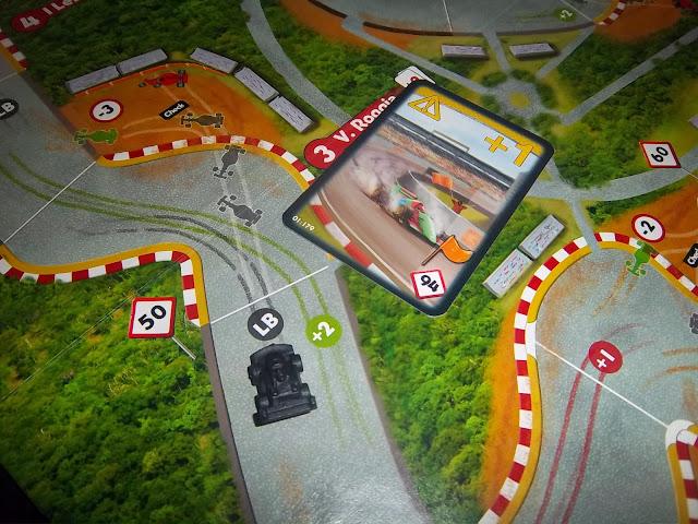 RACE! FORMULA 90 - Primeiras impressões 100_2075