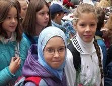 بوتين يرفض السماح بإرتداء الحجاب في المدارس