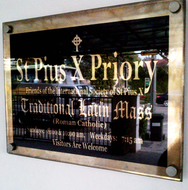 SSPX in Upper Thompson | With one's past