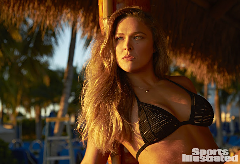 lutadora de MMA Ronda Rousey imagens nuas,mostra os seios