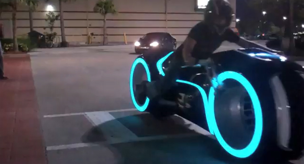 Full Scale Electric Tron Lightcycle