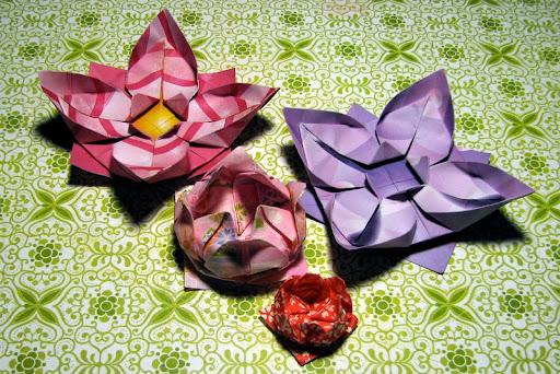 flores de origami lotus