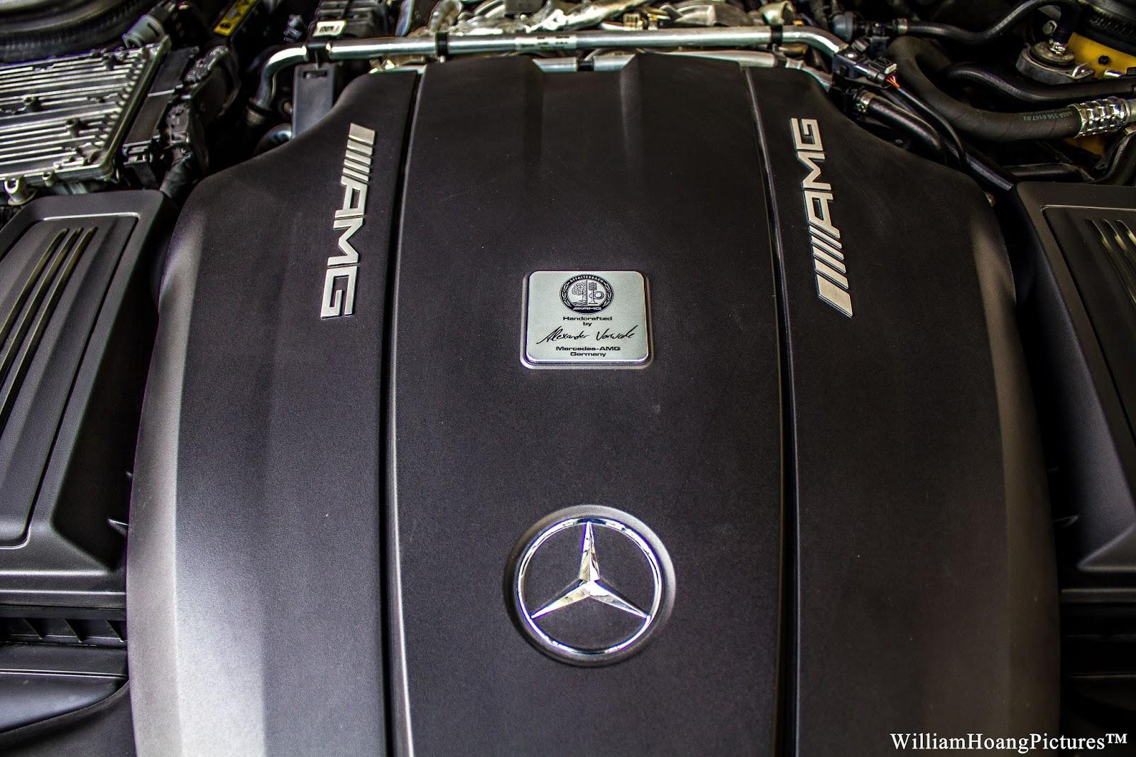 Động cơ cực mạnh có in chữ ký của kỹ sư Mercedes Benz AMG