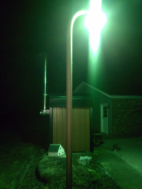 I Just Bought This House A Few Months Ago And Know Nothing About This Light.  I Climbed My Pole. Great Pictures