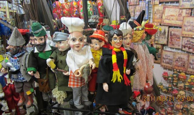 布拉格常見的拉線木偶紀念品