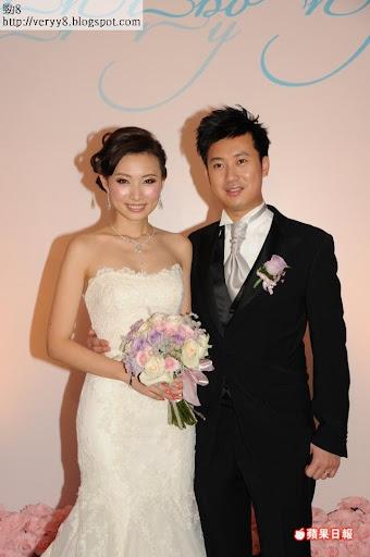 陳爽香港婚宴 七姊妹陪嫁
