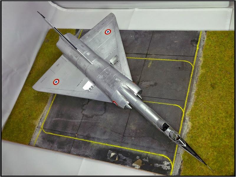 GAMD Mirage IV B. Un gros mirage IV, en scratch et au 72 IMG_20141007_200026