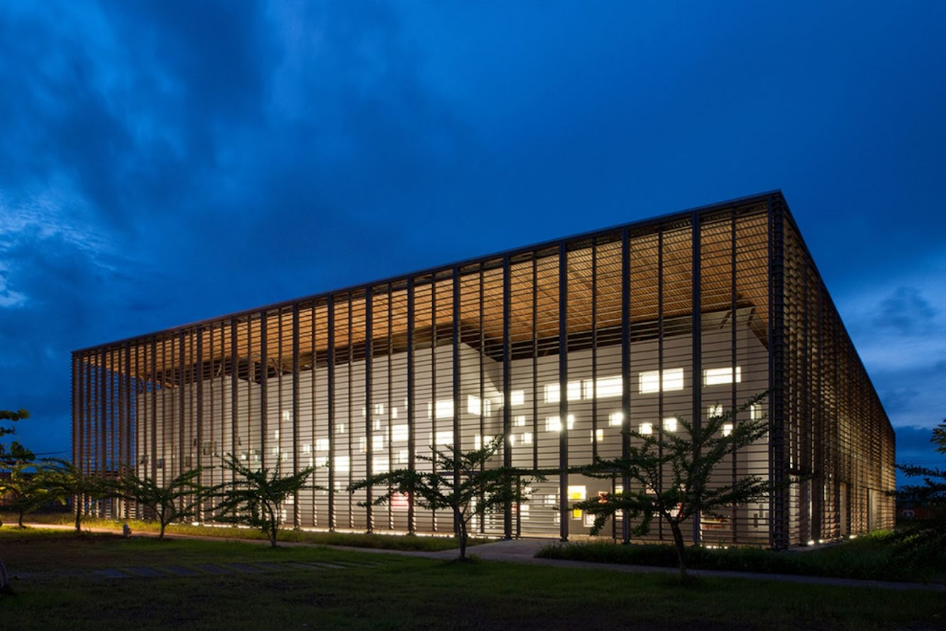 RH+ architecture: UNIVERSITY LIBRARY by RH+ ARCHITECTURE