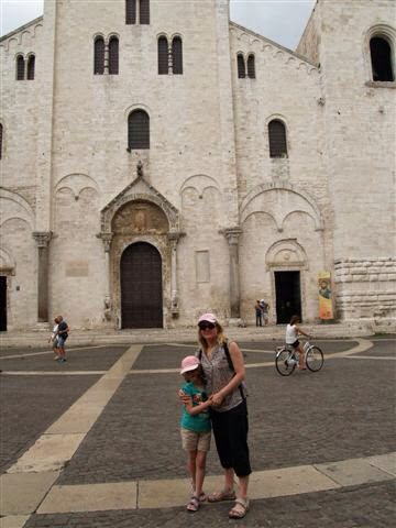 Église saint Nicolas hari