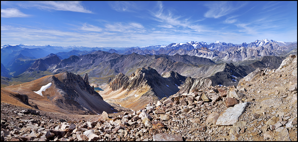 Traversée des Alpes, du lac Léman à la Méditerranée Panorama%25204-3-994%252Bcadre