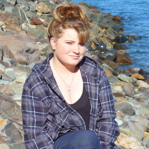 Rachel Ritchie Photo 20
