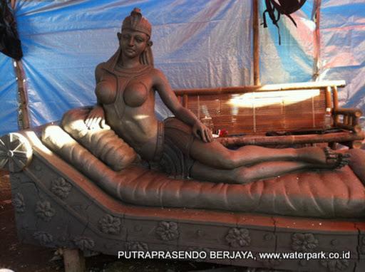 patung cleopatra 1