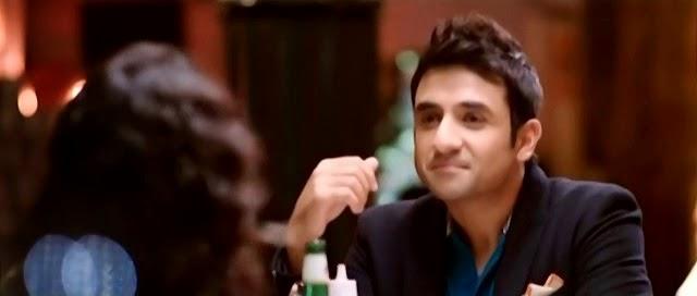 Screen Shot Of Hindi Movie Amit Sahni Ki List (2014) Download And Watch Online Free at alldownloads4u.com