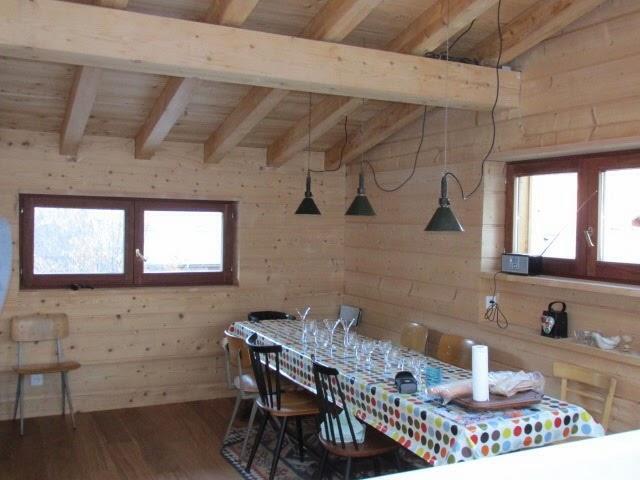 Skiing-Morzine-Avoriaz-Les-Gets-chalet