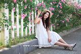 Chinese Female Model Photo 4