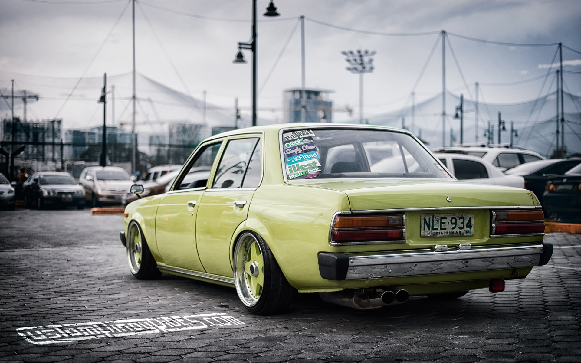 Wallpaper: Stanced Old School Toyota Corona - \