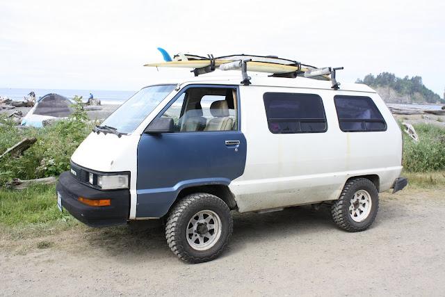 Surf Wagon 4x4 Toyota Van