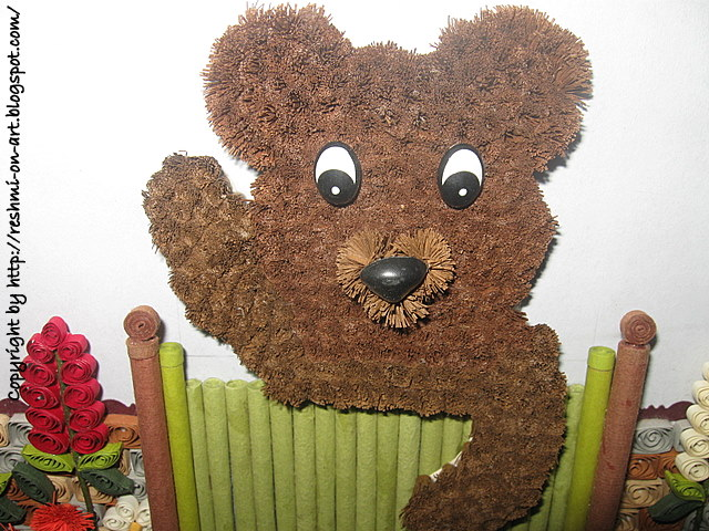 Fringed-flower-Quilled-teddy-bear