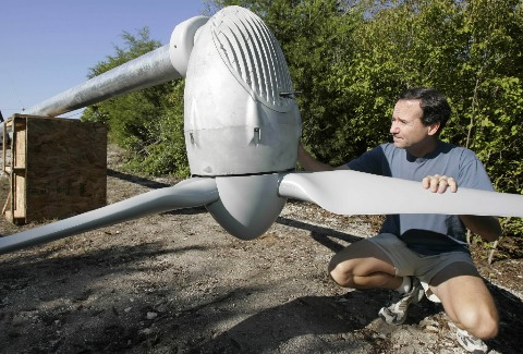 The Advantages Of Using Wind Turbines For The Home Image