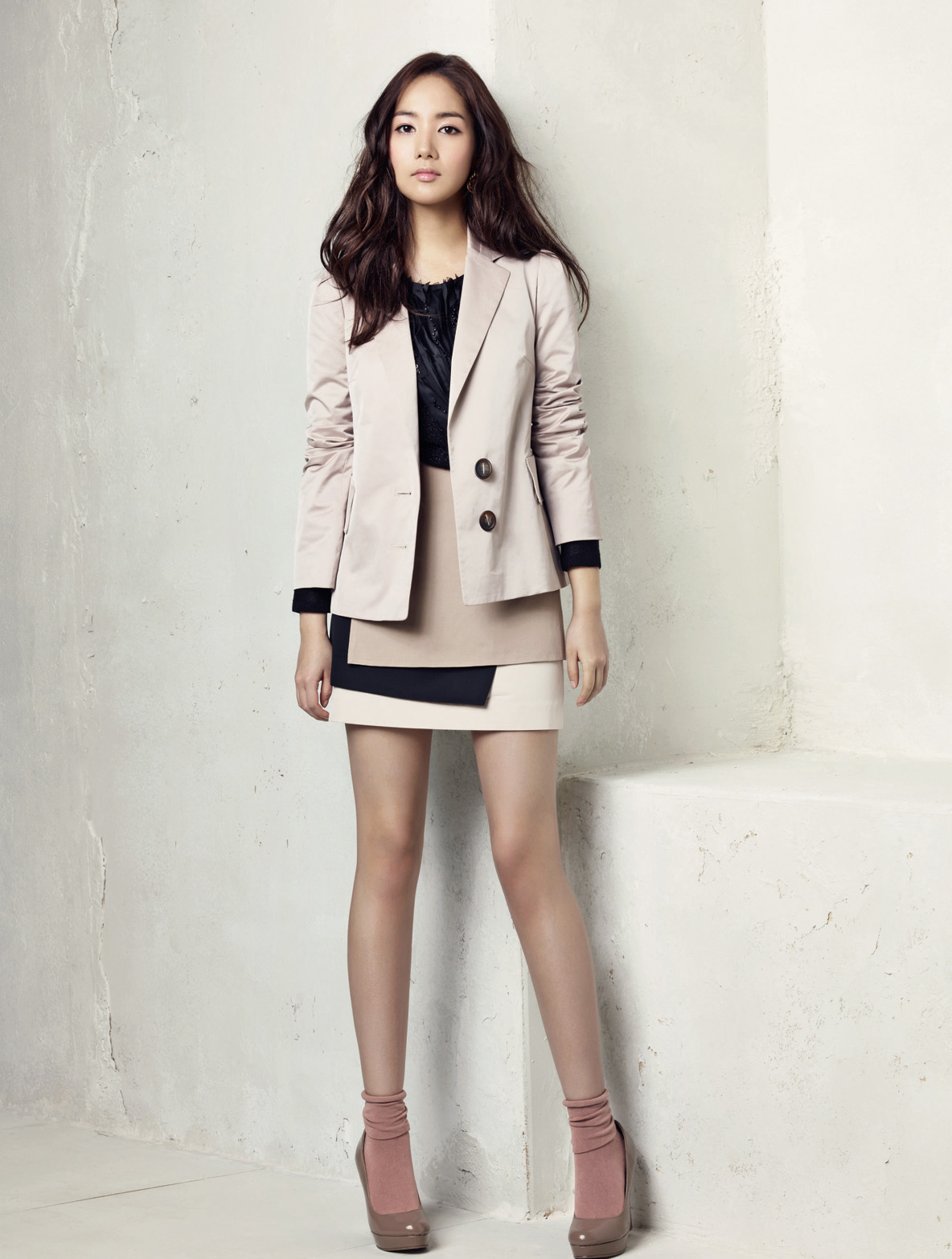 Life Is Choice Park Min Young Photoshoot Campagna Spring Catalogue 2011