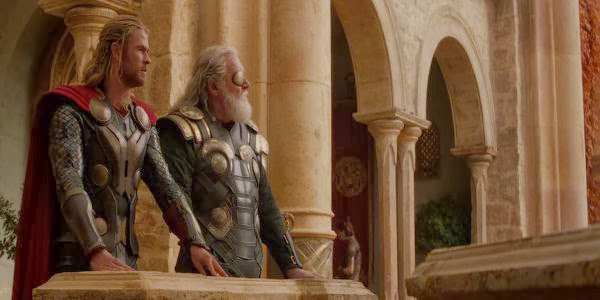 Screen Shot Of Hollywood Movie Thor: The Dark World (2013) Download And Watch Online Free at Alldownloads4u.Com