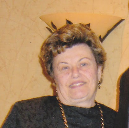 Evelyn Weiss