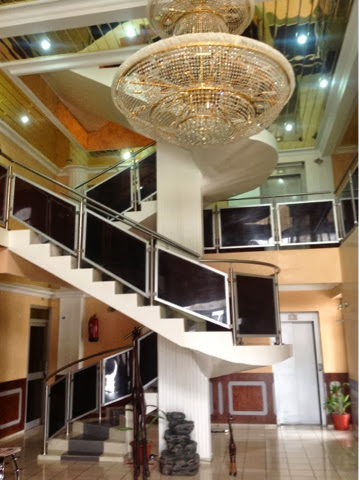 Teenaijanews air travel in africa my experience for Design hotel douala