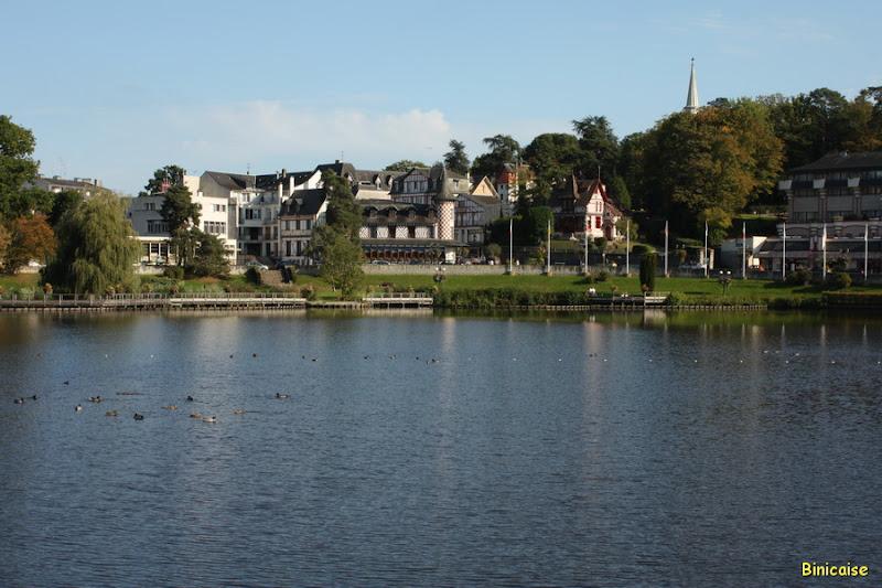 Le lac de Bagnoles 2/2 dans Normandie