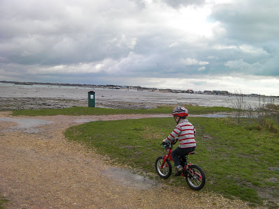 bike path at the eastern seashore, hayling island and langstone harbour