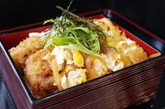 カツ丼(味噌汁、漬物付)