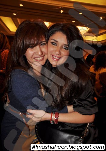 صور نورا اخت بوسى http://almashaheer.blogspot.com/2011/03/blog-post_23.html